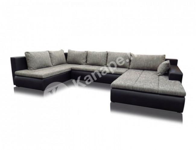 Alessia U kanapé