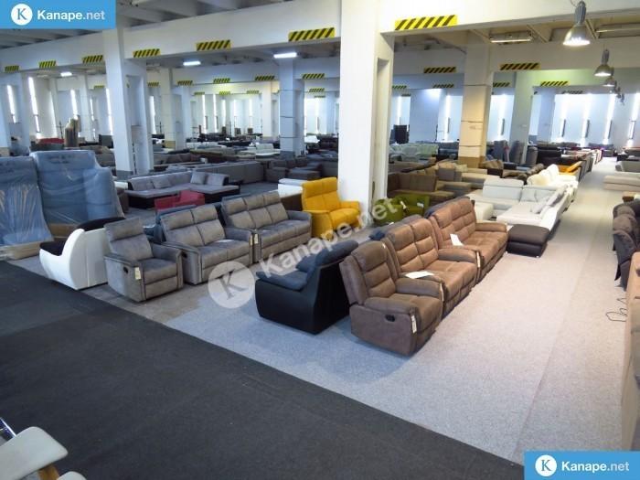 Azonnal vihető német import bőr kanapék, ülőgarnitúrák készletről! -