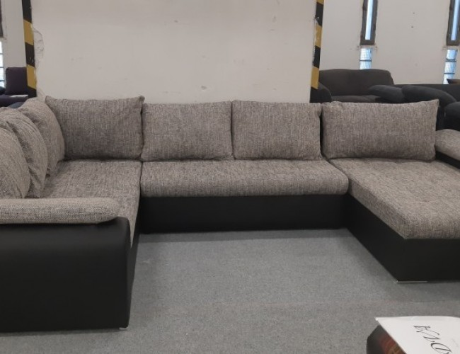 Celica U formájú exkluzív kanapé