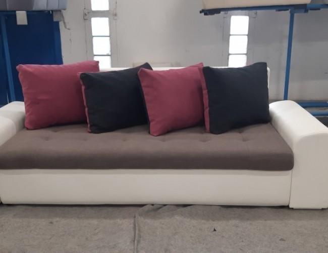Toulon ágyneműtartós kanapé