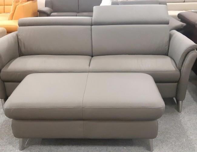 Lava 2-es kanapé puffal