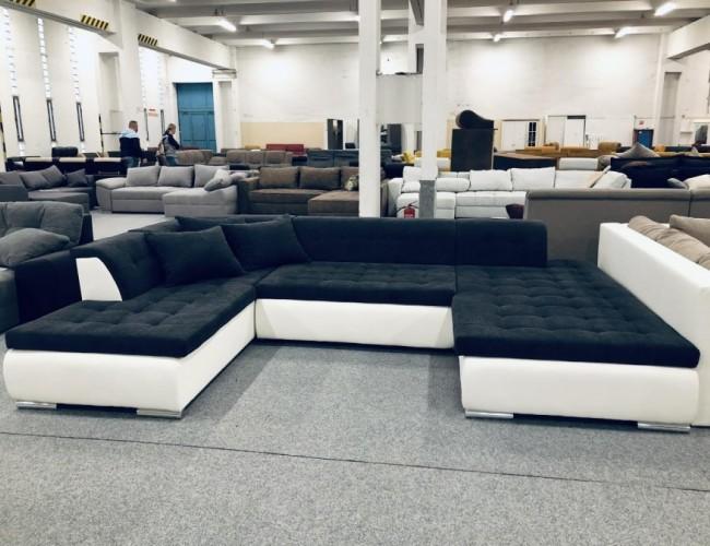 Jaguár U formájú kanapé